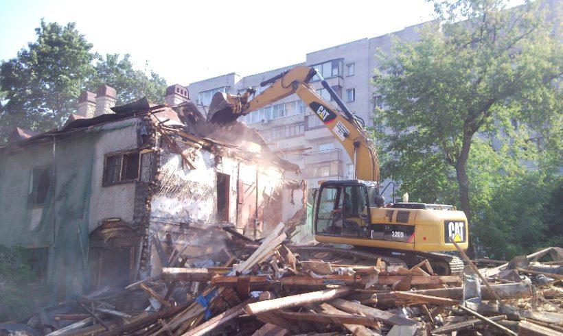 ЮИТ (Железнодорожный пер., д. 8, снос здания, инженерная подготовка строительной площадки)