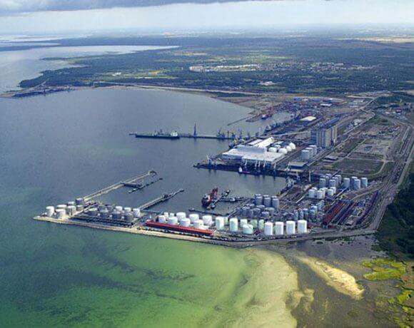 Стоит ли переносить Большой порт из Петербурга в Усть-Лугу?